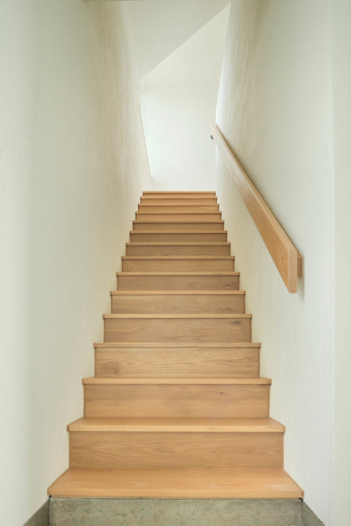 White Oak Stairs & Handrail